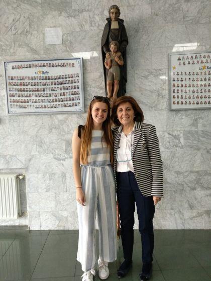 Una alumna de bachillerato del colegio entre los 15 primeros de la X Olimpiada de Economía